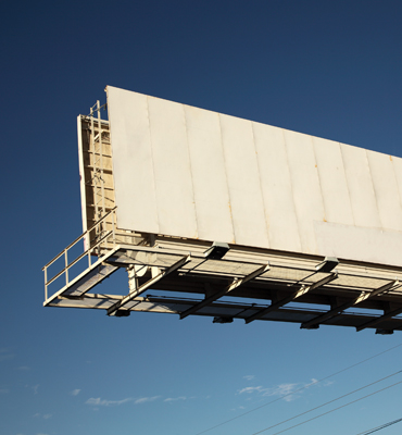 サウジアラビアに広告会社Outdoorを設立