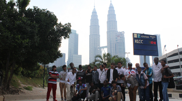Under its Tanweer Programme and in cooperation with the Ministry of Social Affairs, Abdul Latif Jameel Community Initiatives hosts a cultural and scientific journey to Malaysia for 20 orphans