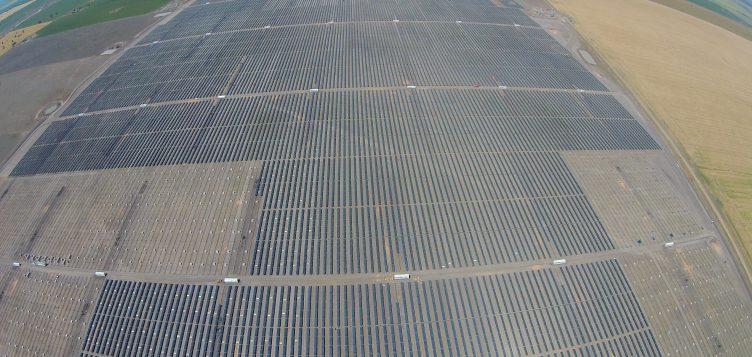 Abdul Latif Jameel Energy and Environmental Services' FRV announces landmark Moree Solar Farm power purchase agreement in Australia with Origin Energy