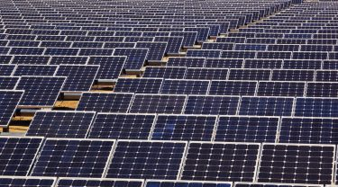 عبد اللطيف جميل للطاقة تعلن عن حقل شمسي جديد بقدرة توليد تكفي احتياجات حوالي 35 ألف منزل في الهند