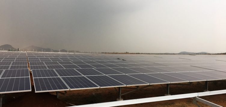 Abdul Latif Jameel EnergyのFRV、インド初の太陽光発電