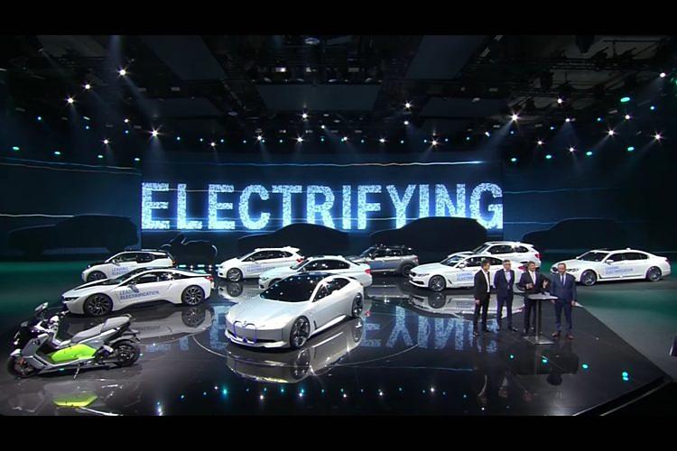 Kasım 2017'de, BMW Group 100.000'inci elektrikli aracının teslimatını kutladı