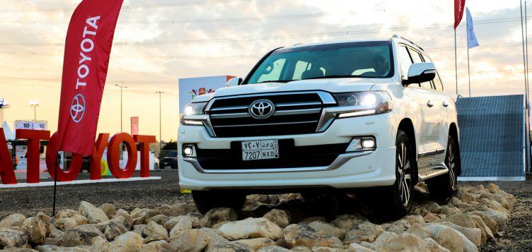 """عبداللطيف جميل للسيارات تنظم """"فعاليات لاند كروزر"""" للاحتفال بتخطي حاجز الـ 10 مليون سيارة حول العالم في موسم الرياض"""