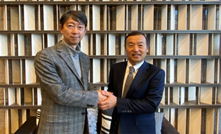 عبد اللطيف جميل والمؤسسة اليابانية لتطوير الأجهزة الطبية (JOMDD) تدشنان شراكة لاستقدام تقنية الأجهزة الطبية اليابانية المبتكرة إلى الأسواق النامية