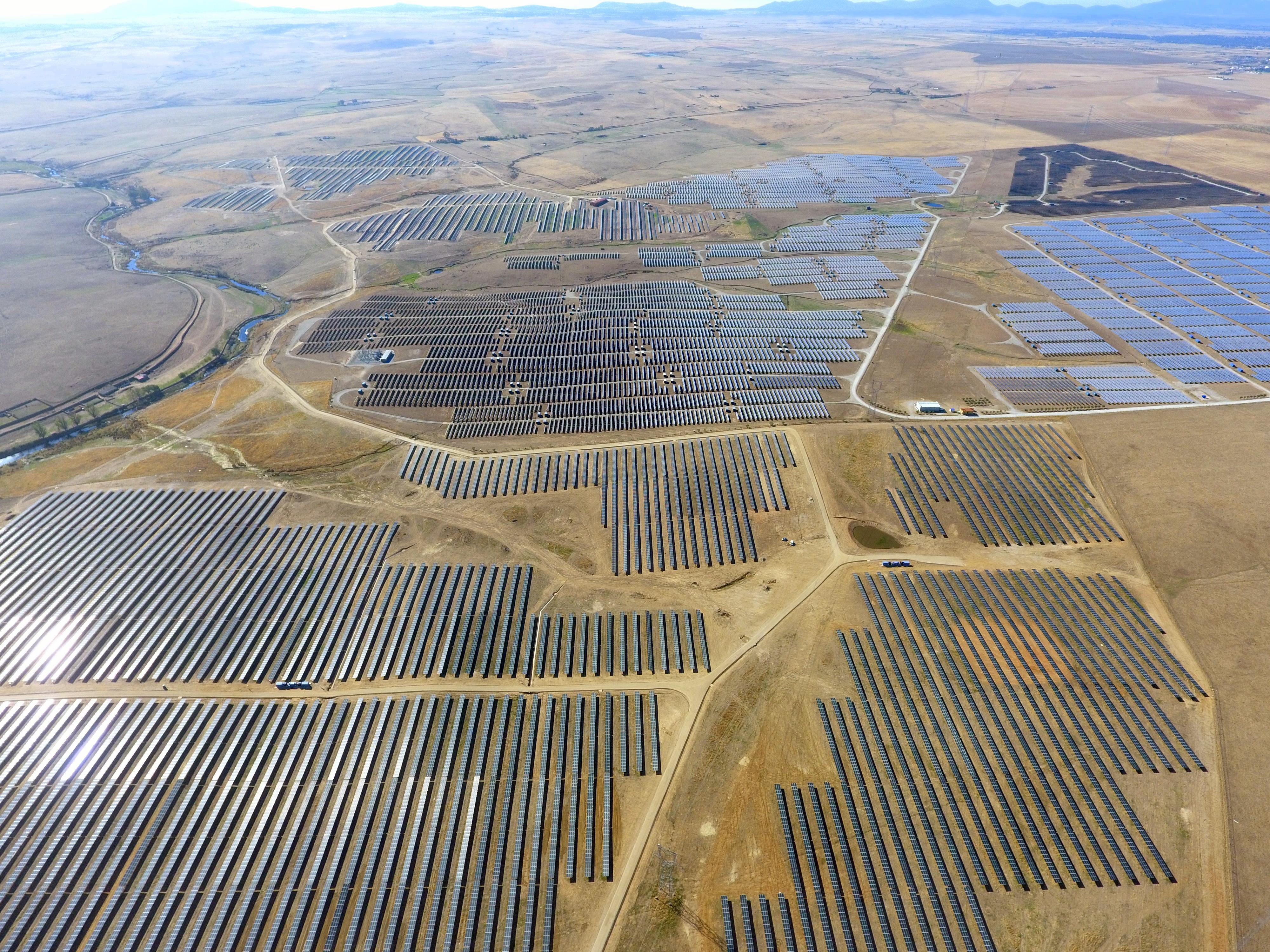 La planta solar 'La Solanilla' de FRV, generará energía limpia suficiente para abastecer 35.000 hogares españoles al año