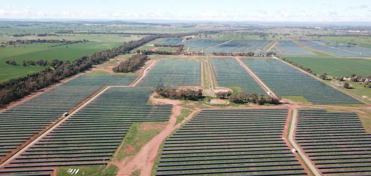عبداللطيف جميل للطاقة تدشّن محطة طاقة شمسية في أستراليا والتي ستزود 45 ألف منزلاً بالطاقة الكهربائية النظيفة